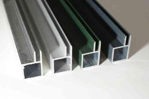 vogelvoliere aluminium wellensittich voliere aus aluminium eine saubere angelegenheit. Black Bedroom Furniture Sets. Home Design Ideas