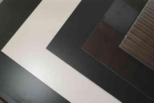 trespa plexiglas volierenbau voliere selber bauen. Black Bedroom Furniture Sets. Home Design Ideas